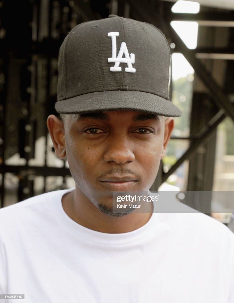 <a gi-track='captionPersonalityLinkClicked' href=/galleries/search?phrase=Kendrick+Lamar&family=editorial&specificpeople=8012417 ng-click='$event.stopPropagation()'>Kendrick Lamar</a> poses backstage during the 2013 Budweiser Made In America Festival at Benjamin Franklin Parkway on September 1, 2013 in Philadelphia, Pennsylvania.