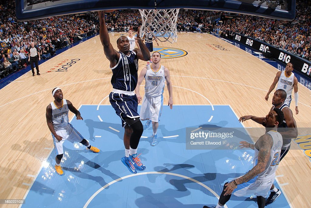 <a gi-track='captionPersonalityLinkClicked' href=/galleries/search?phrase=Kendrick+Perkins&family=editorial&specificpeople=211461 ng-click='$event.stopPropagation()'>Kendrick Perkins</a> #5 of the Oklahoma City Thunder drives to the basket against the Denver Nuggets on March 1, 2013 at the Pepsi Center in Denver, Colorado.