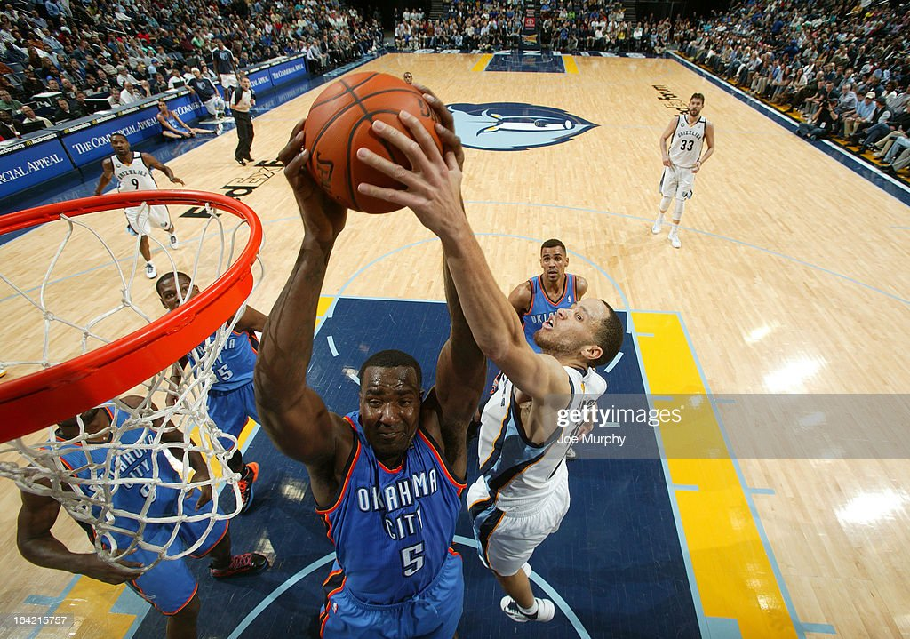 <a gi-track='captionPersonalityLinkClicked' href=/galleries/search?phrase=Kendrick+Perkins&family=editorial&specificpeople=211461 ng-click='$event.stopPropagation()'>Kendrick Perkins</a> #5 of the Oklahoma City Thunder rebounds against <a gi-track='captionPersonalityLinkClicked' href=/galleries/search?phrase=Tayshaun+Prince&family=editorial&specificpeople=201553 ng-click='$event.stopPropagation()'>Tayshaun Prince</a> #21 of the Memphis Grizzlies on March 20, 2013 at FedExForum in Memphis, Tennessee.