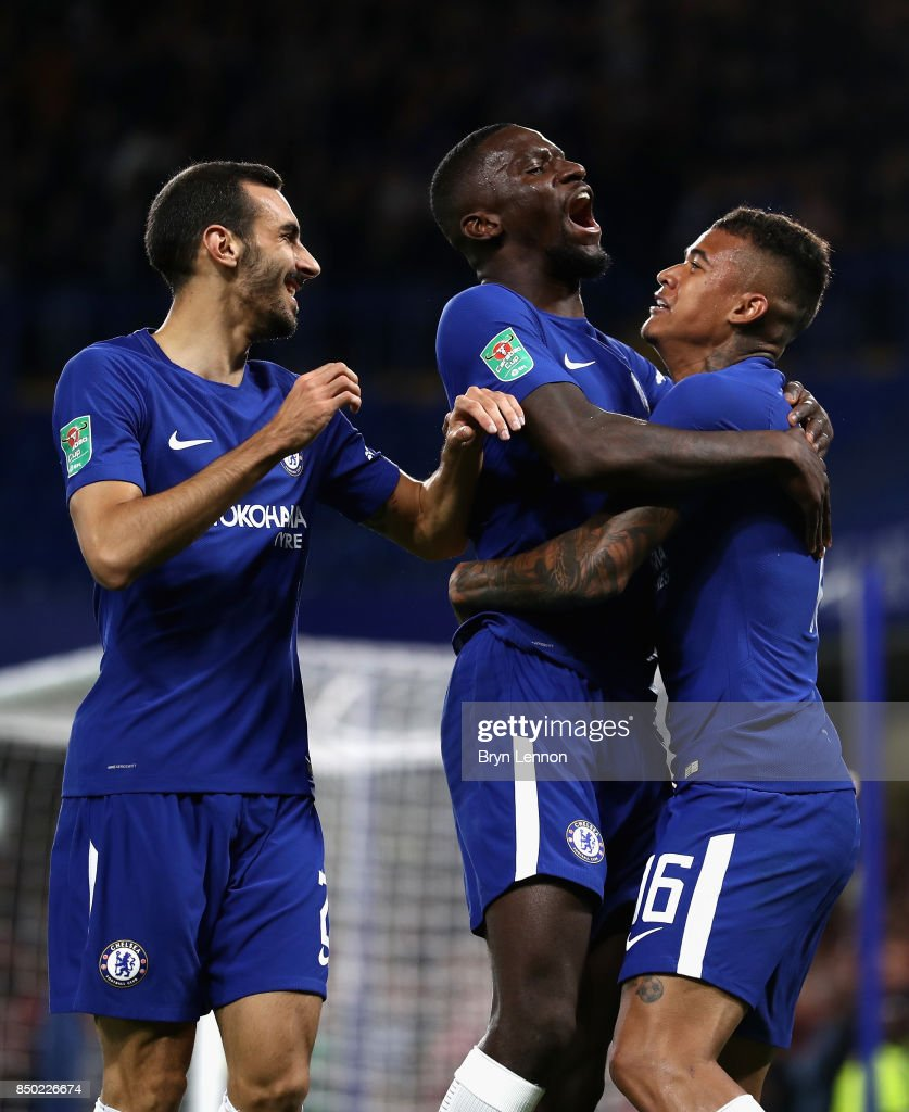 Kenedy of Chelsea celebrates scoring his sides first goal with Davide Zappacosta of Chelsea and Antonio Rudiger of Chelsea during the Carabao Cup Third Round match between Chelsea and Nottingham Forest at Stamford Bridge on September 19, 2017 in London, England.