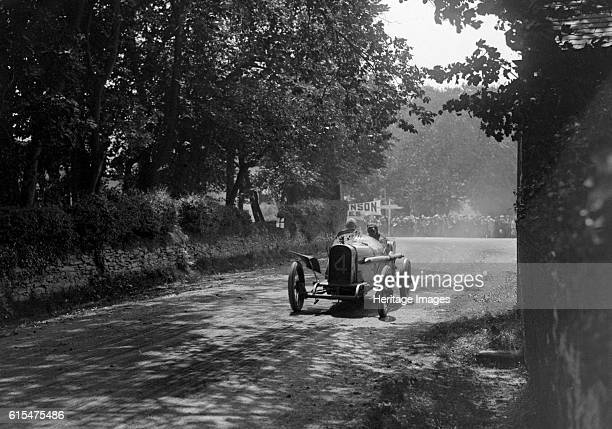 Kenelm Lee Guinness driving his Sunbeam 3295 cc to victory in the RAC Isle of Man TT race 10 June 1914 Kenelm Lee Guinness driving his Sunbeam 3295...