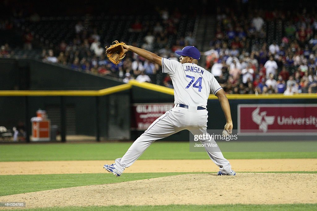 <a gi-track='captionPersonalityLinkClicked' href=/galleries/search?phrase=Kenley+Jansen&family=editorial&specificpeople=5751411 ng-click='$event.stopPropagation()'>Kenley Jansen</a> #74 of the Los Angeles Dodgers delivers a pitch against the Arizona Diamondbacks in the ninth inning at Chase Field on April 12, 2014 in Phoenix, Arizona.