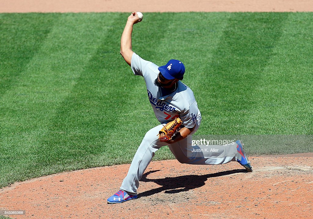 <a gi-track='captionPersonalityLinkClicked' href=/galleries/search?phrase=Kenley+Jansen&family=editorial&specificpeople=5751411 ng-click='$event.stopPropagation()'>Kenley Jansen</a> #74 of the Los Angeles Dodgers pitches in the ninth inning during the game against the Pittsburgh Pirates at PNC Park on June 27, 2016 in Pittsburgh, Pennsylvania.