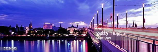 Kennedy Bridge and Bonn skyline