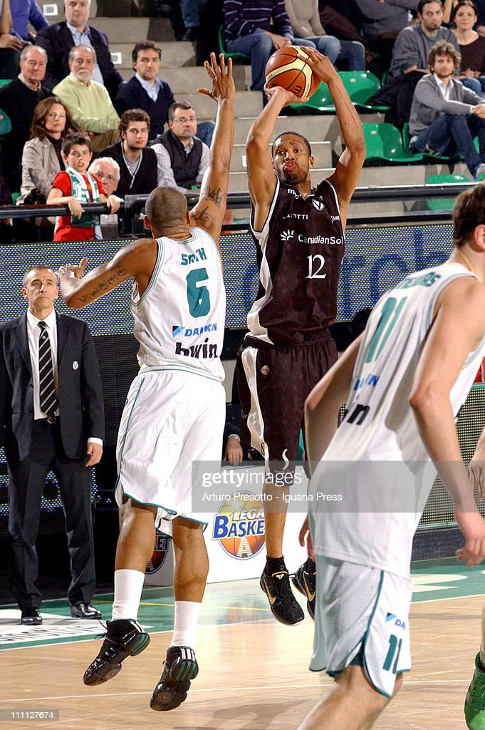 <a gi-track='captionPersonalityLinkClicked' href=/galleries/search?phrase=Kennedy+Winston&family=editorial&specificpeople=233463 ng-click='$event.stopPropagation()'>Kennedy Winston</a> of Canadian Solar in action during the LegaBasket Serie A match between Benetton Treviso and Canadian Solar Bologna at Palaverde on March 26, 2011 in Treviso, Italy.