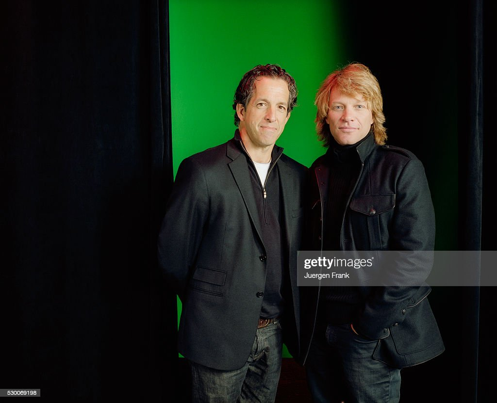 <a gi-track='captionPersonalityLinkClicked' href=/galleries/search?phrase=Kenneth+Cole+-+Fashion+Designer&family=editorial&specificpeople=6945408 ng-click='$event.stopPropagation()'>Kenneth Cole</a> and Jon Bon Jovi