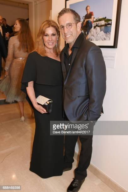 Kenneth Cole and Maria Cuomo Cole attend the amfAR Gala Cannes 2017 at Hotel du CapEdenRoc on May 25 2017 in Cap d'Antibes France