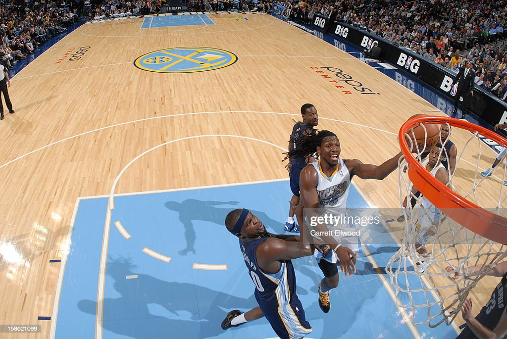 <a gi-track='captionPersonalityLinkClicked' href=/galleries/search?phrase=Kenneth+Faried&family=editorial&specificpeople=5765135 ng-click='$event.stopPropagation()'>Kenneth Faried</a> #35 of the Denver Nuggets drives to the basket against the Memphis Grizzlies on December 14, 2012 at the Pepsi Center in Denver, Colorado.