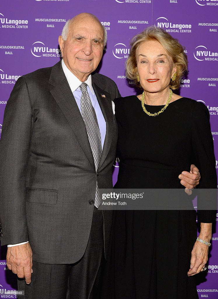 Kenneth Langone (L) and Elaine Langone attend NYU Langone Musculoskeletal Ball 2015 on November 3, 2015 in New York City.