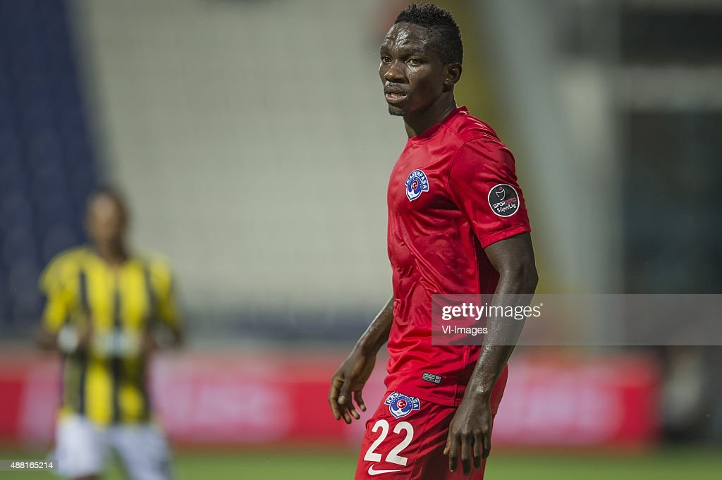 <a gi-track='captionPersonalityLinkClicked' href=/galleries/search?phrase=Kenneth+Omeruo&family=editorial&specificpeople=6392838 ng-click='$event.stopPropagation()'>Kenneth Omeruo</a> of Kasimpasa SK during the Super Lig match between Kasimpasa SK and Fenerbahce on September 13, 2015 at the Recep Tayyip Erdogan stadium in Istanbul, Turkey.
