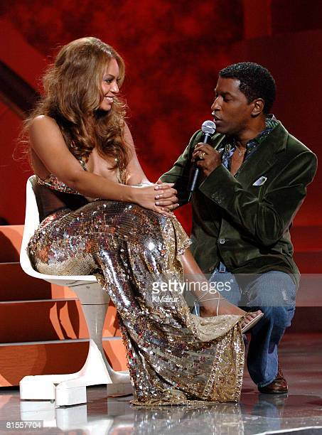 Kenny 'Babyface' Edmonds performs a tribute to Destiny's Child with Beyonce