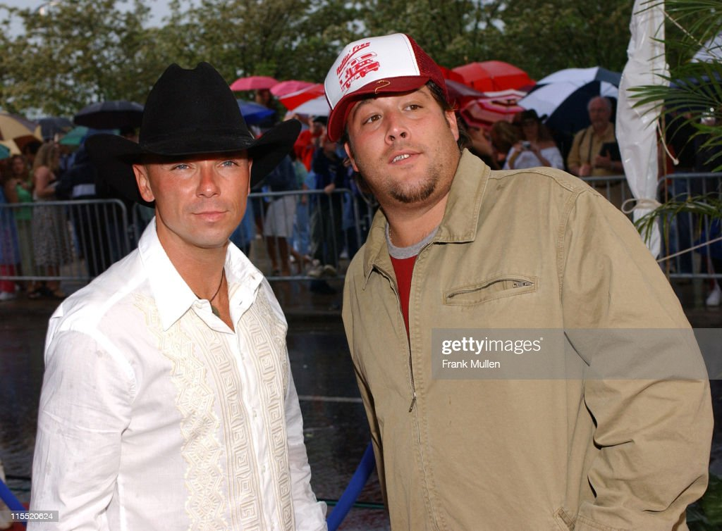 Kenny Chesney and Uncle Kracker during CMT 2004 Flame Worthy Video Music Awards Arrivals at Gaylord Entertainment Center in Nashville Tennessee...
