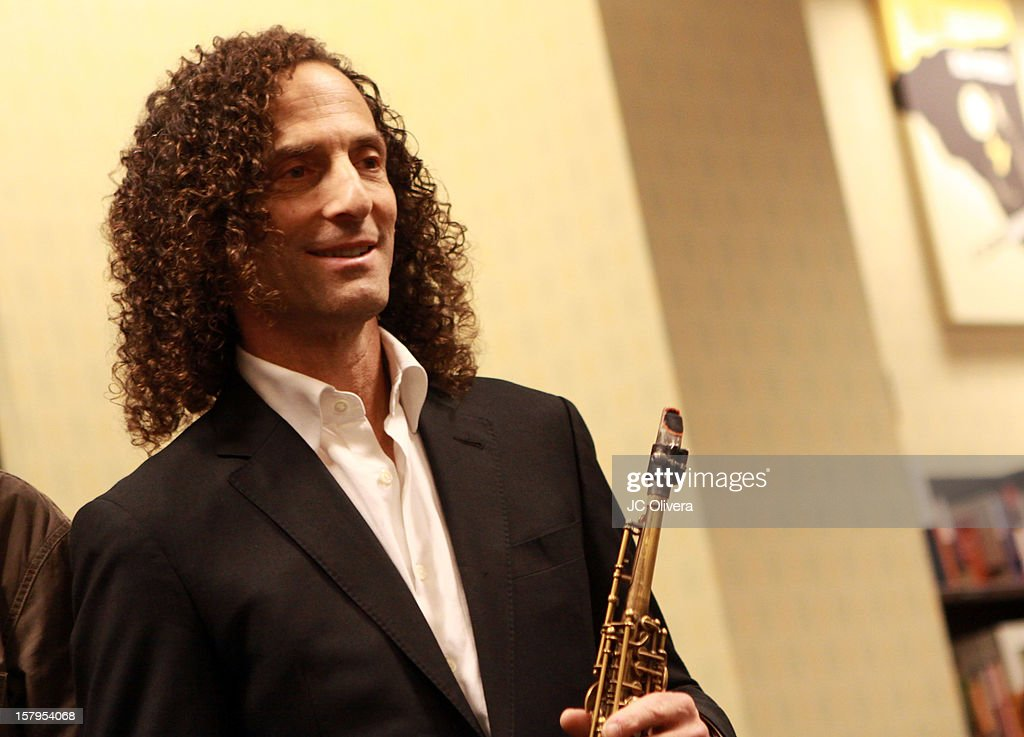 <a gi-track='captionPersonalityLinkClicked' href=/galleries/search?phrase=Kenny+G+-+Saxophonist&family=editorial&specificpeople=211357 ng-click='$event.stopPropagation()'>Kenny G</a> attends a live Interactive reading event of 'ELFBOT' inside Barnes & Noble at The Americana at Brand on December 7, 2012 in Glendale, California.