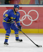 Kenny Jonsson of Sweden in action during the final of the men's ice hockey match between Finland and Sweden during Day 16 of the Turin 2006 Winter...