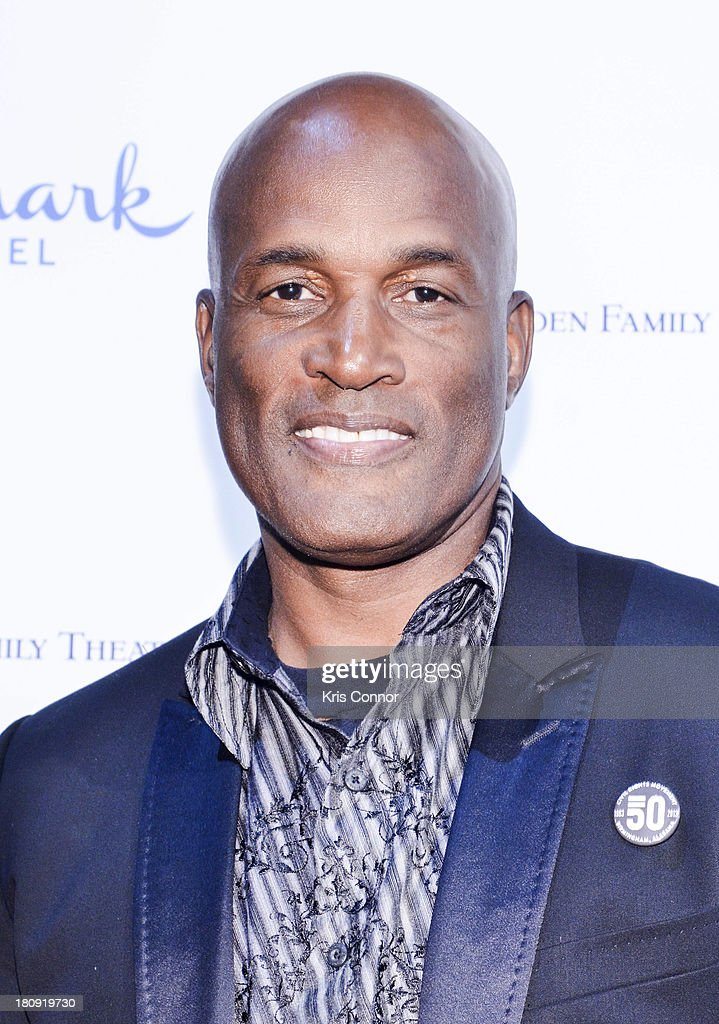 <a gi-track='captionPersonalityLinkClicked' href=/galleries/search?phrase=Kenny+Leon&family=editorial&specificpeople=234439 ng-click='$event.stopPropagation()'>Kenny Leon</a> poses on the red carpet during the 'The Watson's Go To Birmingham' Washington DC Screening at NEWSEUM on September 17, 2013 in Washington, DC.