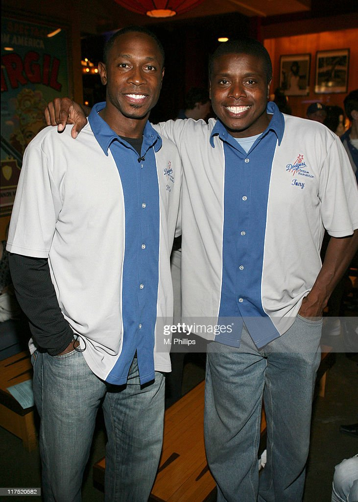Kenny Lofton and Tony Todd during Eric Gagne LA Dodgers Dream Foundation Bowling Extravaganza at Lucky Strike - May 8, 2006 at Lucky Strike Lanes in Los Angeles, California, United States.