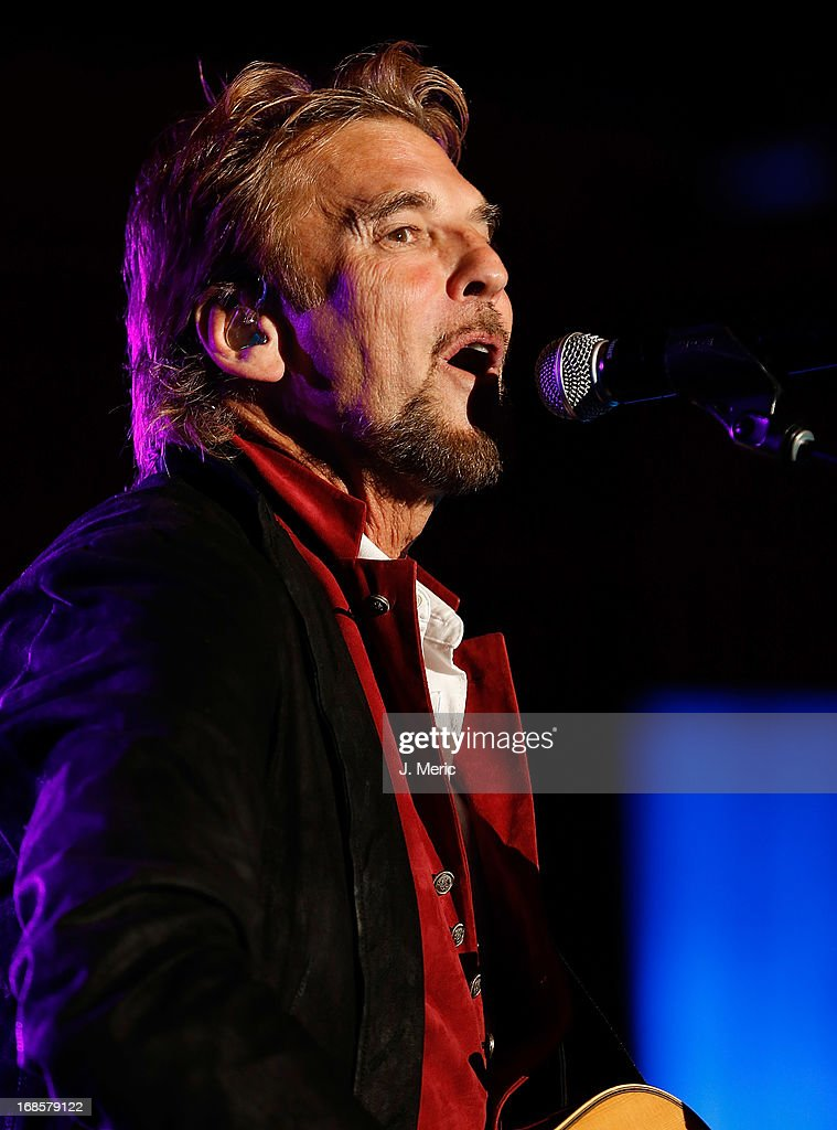 Kenny Loggins performs during the Ray's Summer Concert Series at Tropicana Field on May 11, 2013 in St Petersburg, Florida.