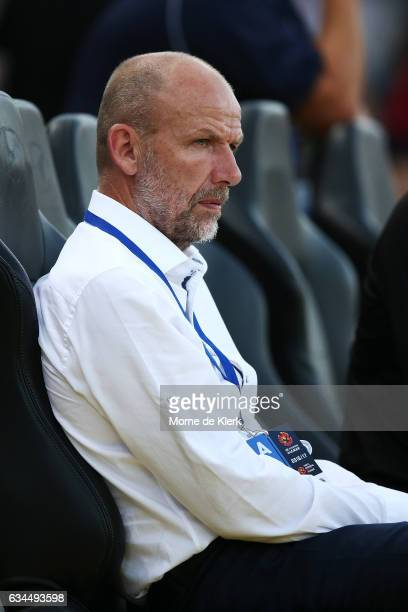 Kenny Lowe head coach of Perth Glory looks on during the round 19 ALeague match between Adelaide United and Perth Glory at Coopers Stadium on...