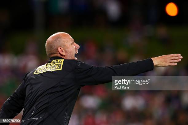 Kenny Lowe head coach of the Glory calls to his players during the round 27 ALeague match between the Perth Glory and Melbourne City FC at nib...