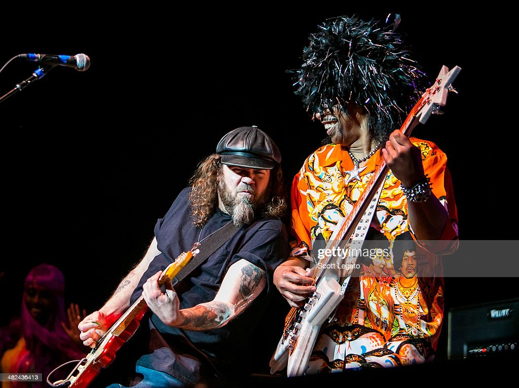 Kenny Olson (L) and <a gi-track='captionPersonalityLinkClicked' href=/galleries/search?phrase=Bootsy+Collins&family=editorial&specificpeople=221725 ng-click='$event.stopPropagation()'>Bootsy Collins</a> performs during the Experience Hendrix 2014 Tour at The Fox Theatre on April 3, 2014 in Detroit, Michigan.