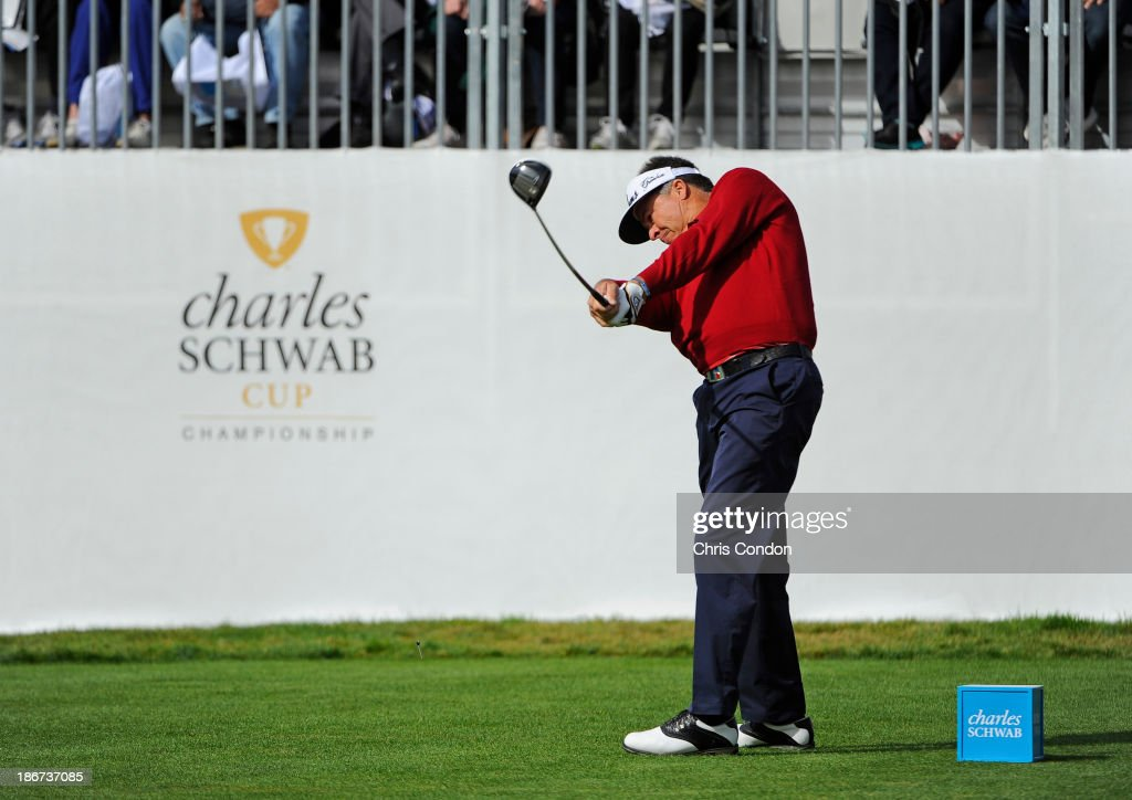 <a gi-track='captionPersonalityLinkClicked' href=/galleries/search?phrase=Kenny+Perry&family=editorial&specificpeople=210558 ng-click='$event.stopPropagation()'>Kenny Perry</a> tees off on the first hole during the final round of the Charles Schwab Cup Championship at TPC Harding Park on November 3, 2013 in San Francisco, California.