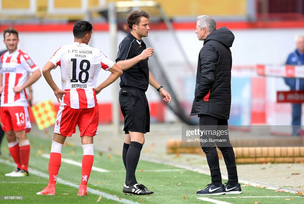 Kenny Prince Redondo, referee and coach Jens Keller of 1 FC Union Berlin during the game between Union Berlin and FK Dinamo Brest on october 5, 2017 in Berlin, Germany.