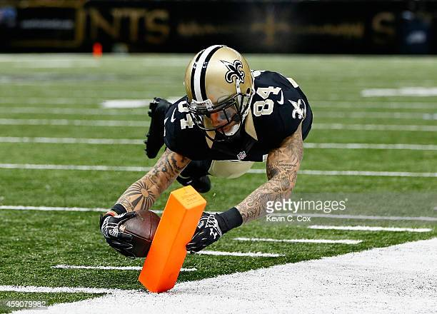 Kenny Stills of the New Orleans Saints scores a touchdown against the Cincinnati Bengals during the second half at MercedesBenz Superdome on November...