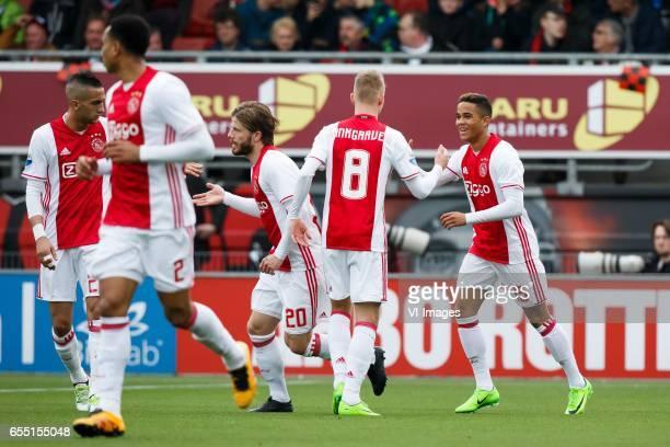 Kenny Tete of Ajax Hakim Ziyech of Ajax Lasse Schone of Ajax Daley Sinkgraven of Ajax Justin Kluivert of Ajaxduring the Dutch Eredivisie match...