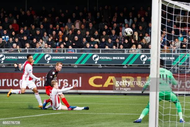 Kenny Tete of Ajax Mike van Duinen of Excelsior Matthijs de Ligt of Ajax goalkeeper Andre Onana of Ajaxduring the Dutch Eredivisie match between sbv...