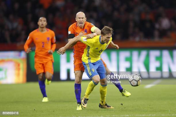 Kenny Tete of Holland Arjen Robben of Holland Ludwig Augustinsson of Sweden during the FIFA World Cup 2018 qualifying match between The Netherlands...