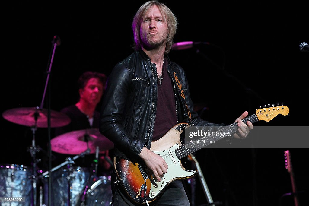 <a gi-track='captionPersonalityLinkClicked' href=/galleries/search?phrase=Kenny+Wayne+Shepherd&family=editorial&specificpeople=829913 ng-click='$event.stopPropagation()'>Kenny Wayne Shepherd</a> performs at Seminole Tribal Fair in Hard Rock Live at the Seminole Hard Rock Hotel & Casino Hollywood on February 7, 2016 in Hollywood, Florida.