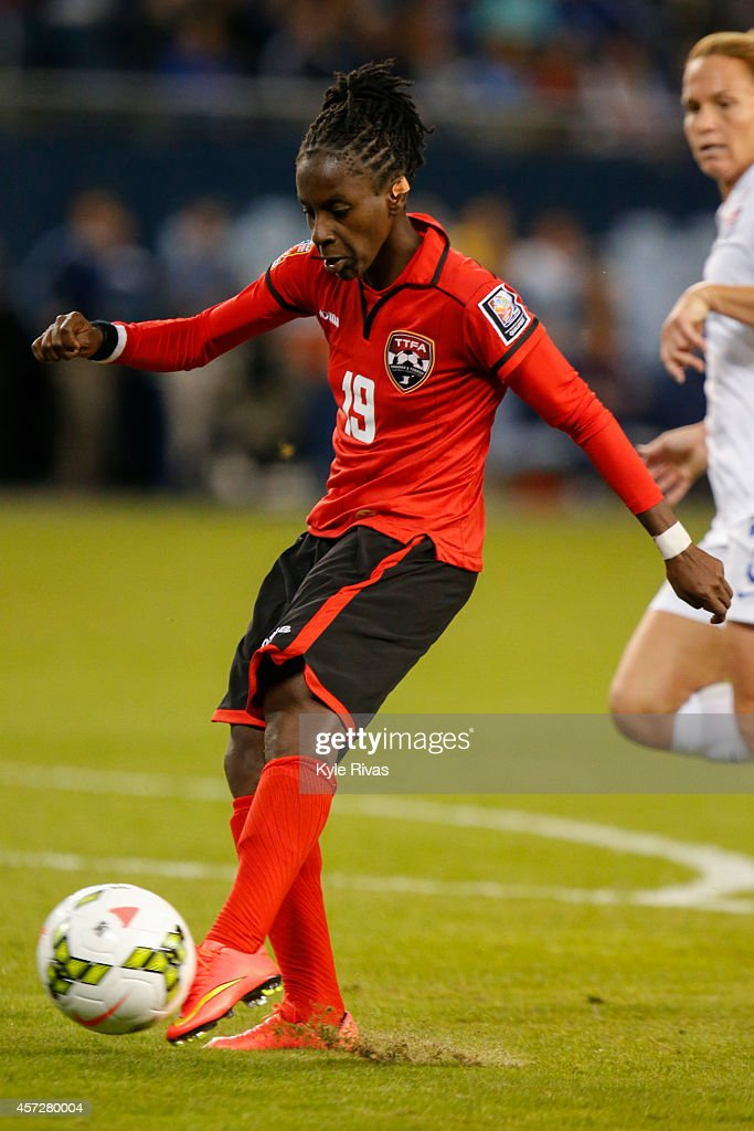Trinidad (CO) United States  City pictures : 19 of Trinidad & Tobago takes a shot on goal at Hope Solo #1 of United ...