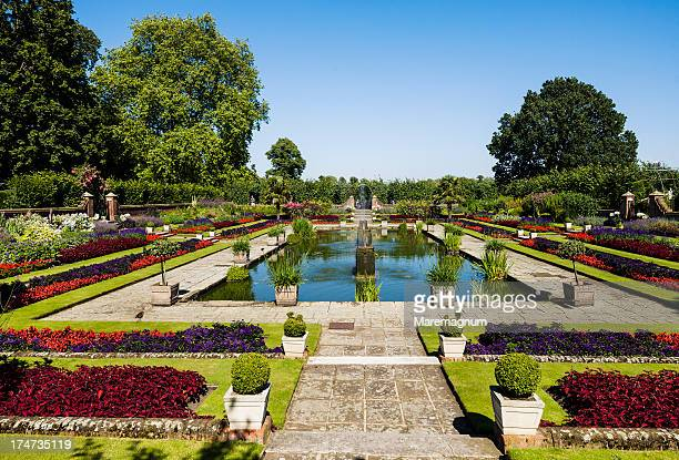 Kensington Gardens, the Sunken garden
