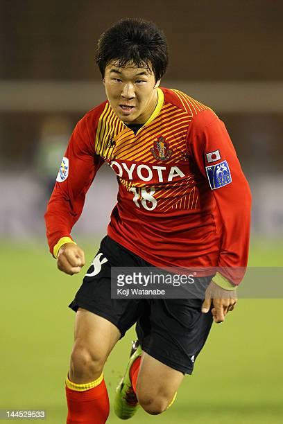 Kensuke Nagai of Nagoya Grampus in action during the AFC Asian Champions League Group G match between Nagoya Grampus and Central Coast Mariners at...