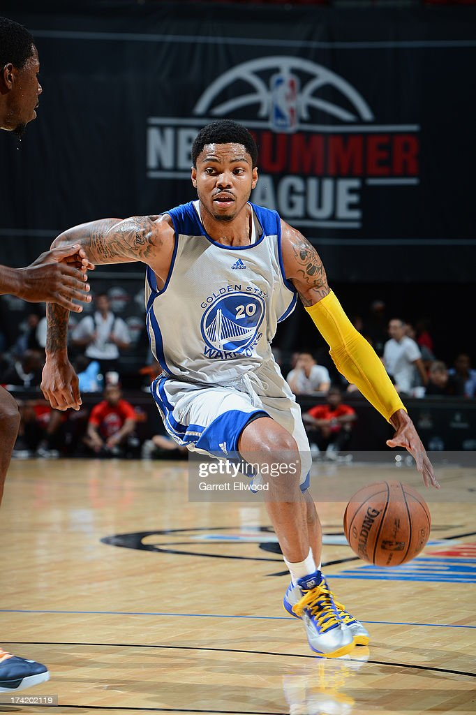 Kent Bazemore #20 of the Golden State Warriors drives during NBA Summer League game between the Charlotte Bobcats and the Golden State Warriors on July 21, 2013 at the Cox Pavilion in Las Vegas, Nevada.