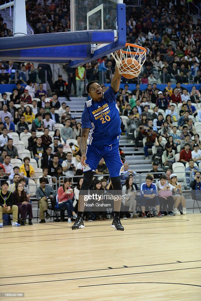 <a gi-track='captionPersonalityLinkClicked' href=/galleries/search?phrase=Kent+Bazemore&family=editorial&specificpeople=6846101 ng-click='$event.stopPropagation()'>Kent Bazemore</a> of the Golden State Warriors dunks during Fan Appreciation Day as part of the 2013 Global Games on October 17, 2013 at the Oriental Sports Center in Shanghai, China.
