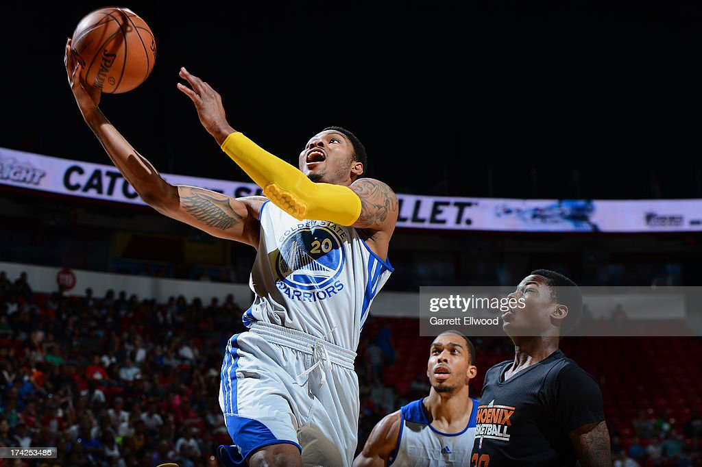 Kent Bazemore #20 of the Golden State Warriors goes up for the layup against the Phoenix Suns during NBA Summer League Championship Game on July 22, 2013 at the Cox Pavilion in Las Vegas, Nevada.