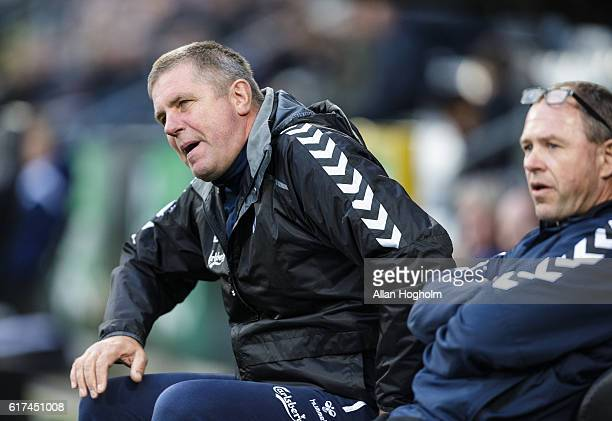 Kent Nielsen head coach of OB in action during the Danish Alka Superliga match between OB Odense and FC Copenhagen at EWII Park on October 23 2016 in...