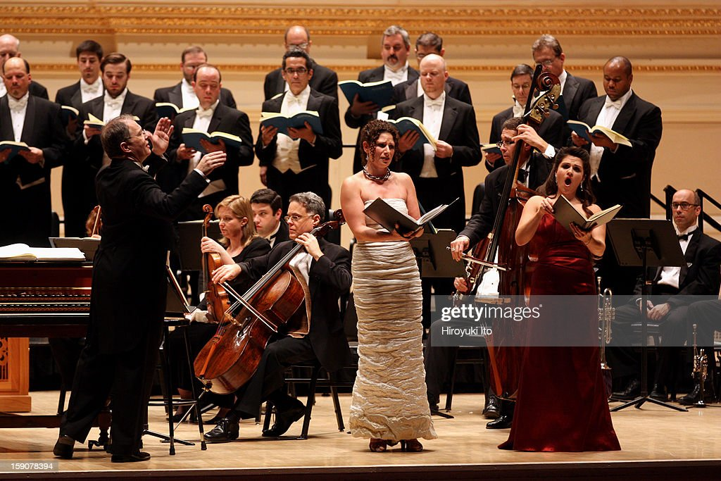 Kent Tritle leading the contralto Kirsten Sollek, center, and the soprano Katheryn Lewek with Musica Sacra in Handel's 'Messiah' at Carnegie Hall on Thursday night, December 20, 2012.