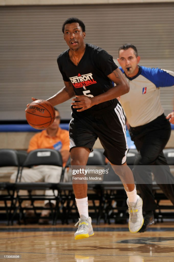 Kentavious Caldwell-Pope #5 of the Detroit Pistons brings up the ball against the Miami Heat during the 2013 Southwest Airlines Orlando Pro Summer League on July 12, 2013 at Amway Center in Orlando, Florida.