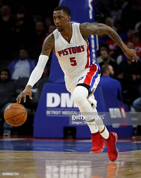 Kentavious CaldwellPope of the Detroit Pistons drives up court against the Indiana Pacers at the Palace of Auburn Hills on January 3 2017 in Auburn...