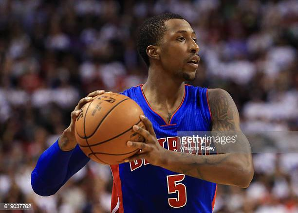 Kentavious CaldwellPope of the Detroit Pistons passes the ball during an NBA game against the Toronto Raptors at Air Canada Centre on October 26 2016...