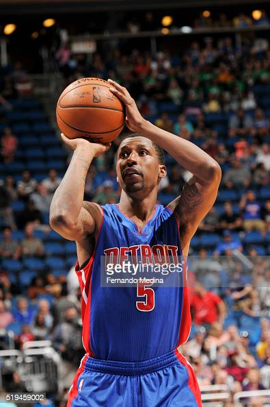 Kentavious CaldwellPope of the Detroit Pistons shoots a free throw against the Orlando Magic on April 6 2016 at Amway Center in Orlando Florida NOTE...