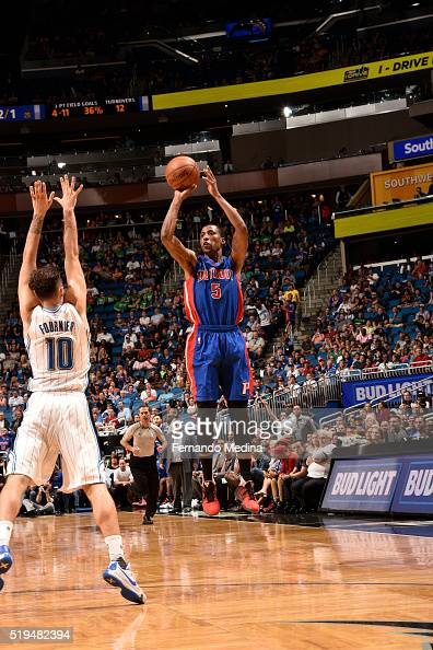 Kentavious CaldwellPope of the Detroit Pistons shoots the ball against the Orlando Magic on April 6 2016 at Amway Center in Orlando Florida NOTE TO...