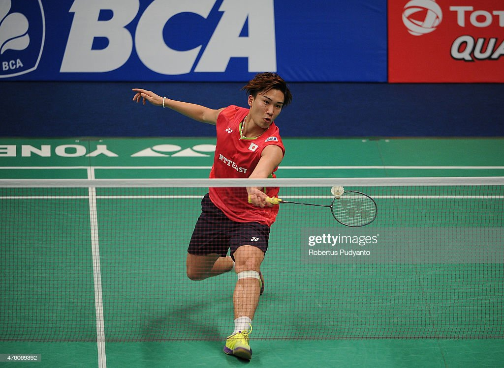 <a gi-track='captionPersonalityLinkClicked' href=/galleries/search?phrase=Kento+Momota&family=editorial&specificpeople=9148050 ng-click='$event.stopPropagation()'>Kento Momota</a> of Japan plays a shot against Parupalli Kashyap of India during the 2015 BCA Indonesia Open Semifinals match at Istora Senayan on June 6, 2015 in Jakarta, Indonesia.