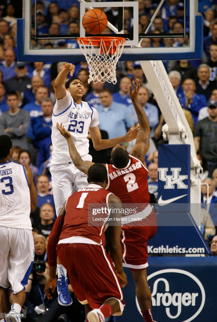 Kentucky Wildcats forward Anthony Davis blocks a shot by Alabama Crimson Tide guard Charles Hankerson Jr with about 5 seconds to go in the game at...