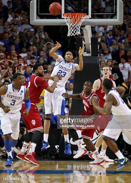 Kentucky Wildcats forward Anthony Davis throws an outlet to guard Marquis Teague on the break during action against the Indiana Hoosiers in the NCAA...