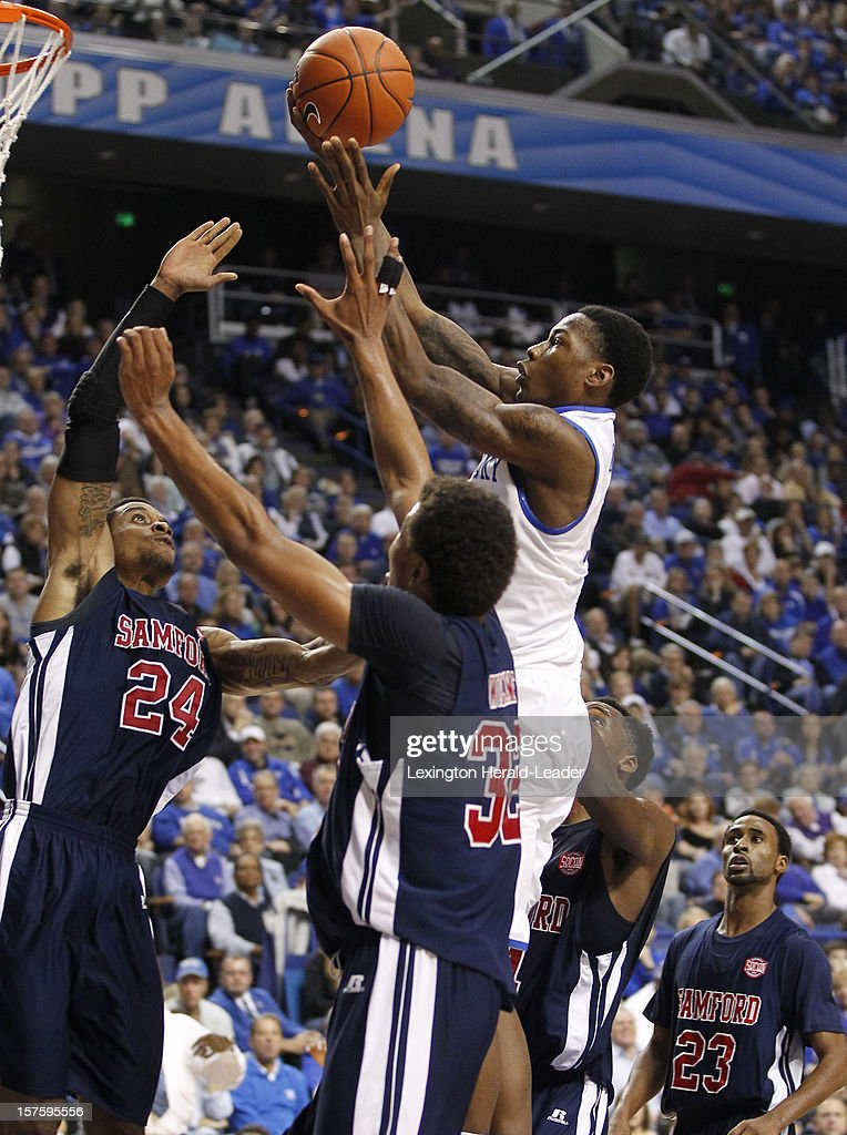 Kentucky's Archie Goodwin (10) drives the lane for a basket against Samford at Rupp Arena on Tuesday, December 4, 2012, in Lexington, Kentucky. Kentucky defeated Samford 88-56.