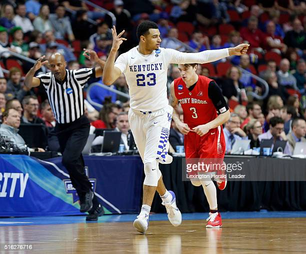 Kentucky's Jamal Murray shoots an 'arrow' after making a 3pointer during secondhalf action against Stony Brook in the first round of the NCAA...