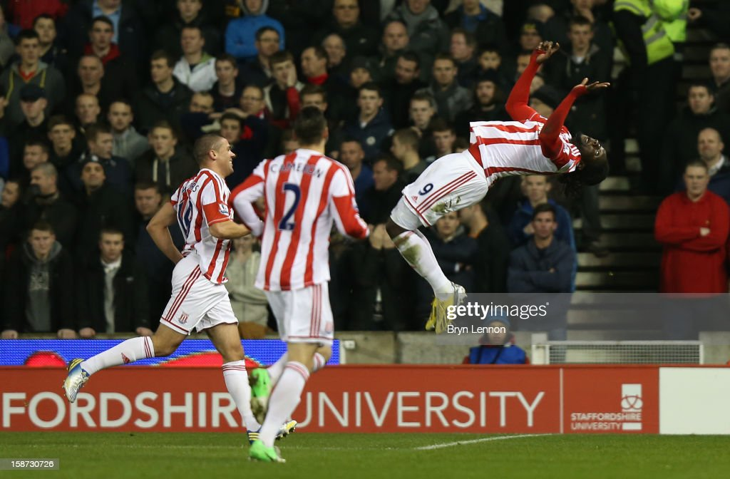 <a gi-track='captionPersonalityLinkClicked' href=/galleries/search?phrase=Kenwyne+Jones&family=editorial&specificpeople=553966 ng-click='$event.stopPropagation()'>Kenwyne Jones</a> of Stoke City celebrates scoring his team's second goal during the Barclays Premier League match between Stoke City and Liverpool at the Britannia Stadium on December 26, 2012, in Stoke-on-Trent, England.